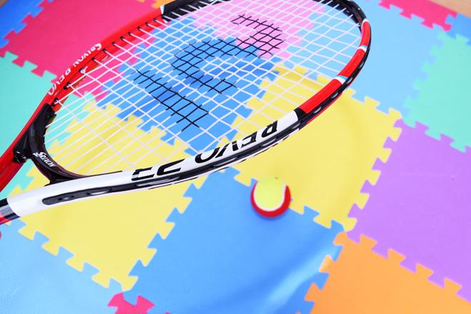 テニス玉突き下