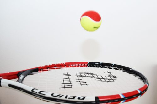テニスボールリフティング(玉突き)