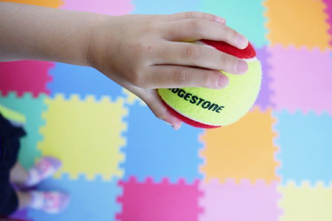 テニスボールでドリブル