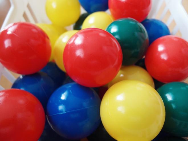 カラーボールを使ったコーディネーショントレーニング