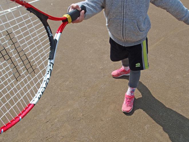 テニスが上達しない子供